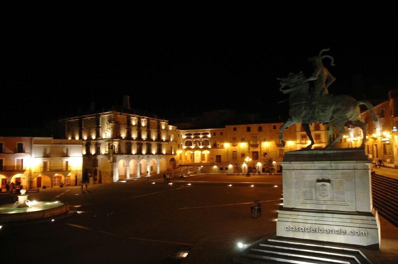 2014 Trujillo noche 003